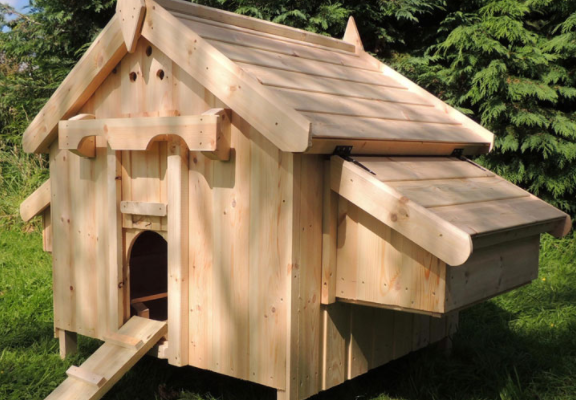 Chicken Coop Review: Cottage Chicken House for 6 Hens