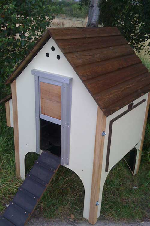 wooden-chicken-house-8-hens-cream-2